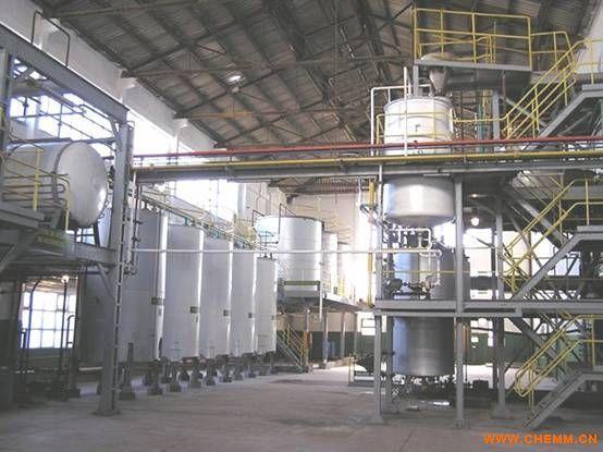 培养异养藻制备生物柴油的方法;用生物质生产液体