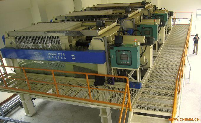 产品关键词:压滤机 原料脱水干燥进口压 工业污泥脱水干燥压滤 市政