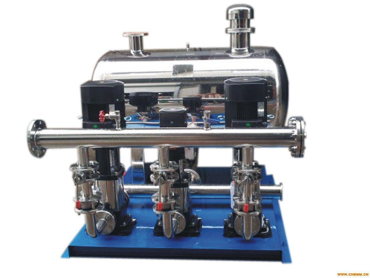 五、恒压供水系统特点 1、 节电:优化的节能控制软件,使水泵实现最大限度地节能运行; 2、 节水:根据实际用水情况设定管网压力,自动控制水泵出水量,减少了水的跑、漏现象; 3、 运行可靠:由变频器实现泵的软起动,使水泵实现由工频到变频的无冲击切换,防止管网冲击、避免管网压力超限,管道破裂。 4、 联网功能:采用全中文工控组态软件,实时监控各个站点,如电机的电压、电流、工作频率、管网压力及流量等。并且能够累积每个站点的用电量,累积每台泵的出水量,同时提供各种形式的打印报表,以便分析统计。 5、 控制灵活:分