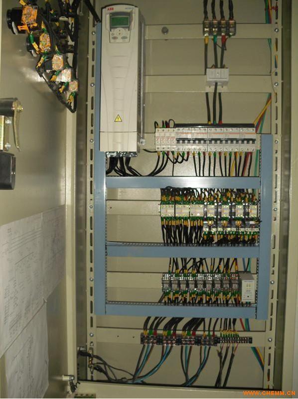 哈尔滨低压配电柜电气改造变频器控制柜升级改造