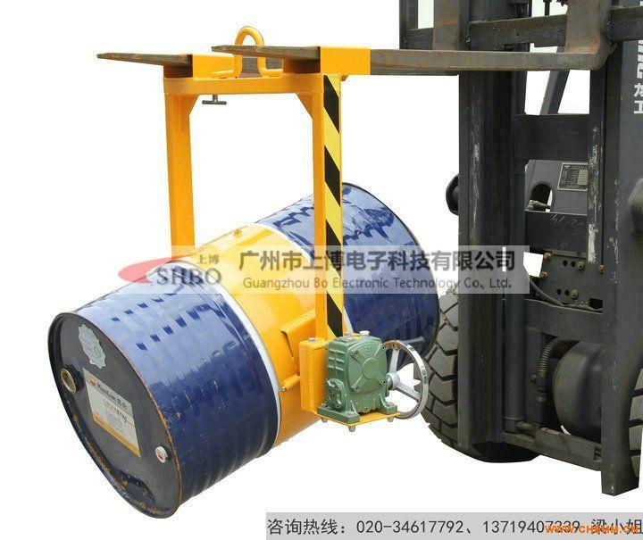 油桶吊具(吊起油桶翻转倒料的工具)简易油桶倒料机