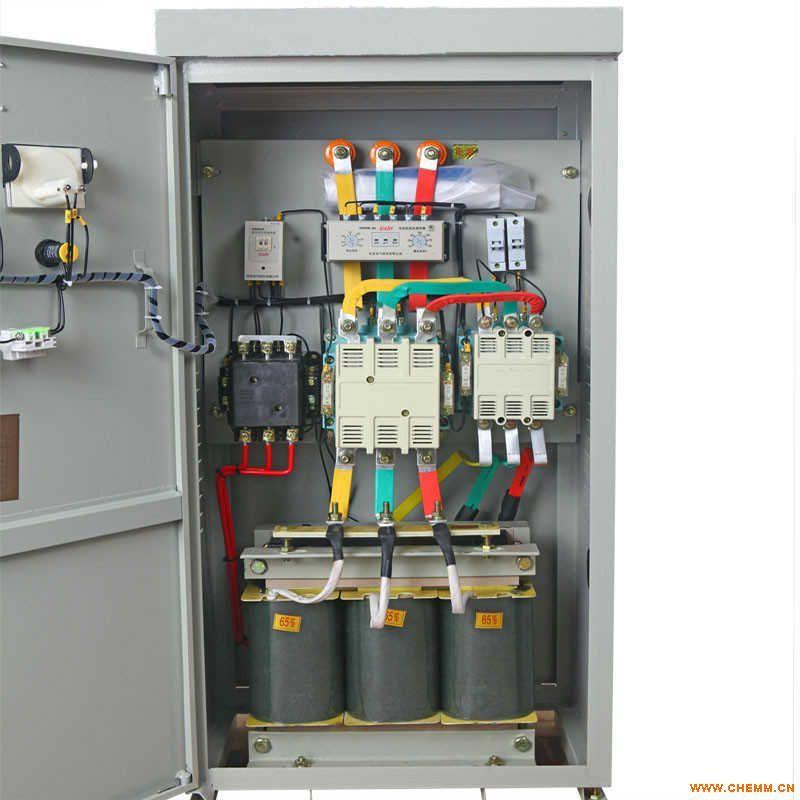 成,对于75千瓦及以下的产品,系采用自动控制方式,80千瓦及以上的产品,具有手动自动两种控制方式,由转换开关进行切换,智能数显电机保护器在0~240秒内可以自动调节控制起动时间,自耦变压器备有额定电压60%(65%)及80%二组抽头,出厂时接在60%(65%)抽头上,如果用户需要用较大的起动转矩,可接在80%抽头上,并有过载、断相及失压保护。