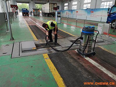 安徽强力工业吸尘器,甘肃移动式工业吸尘器,山东工业用吸尘吸水机