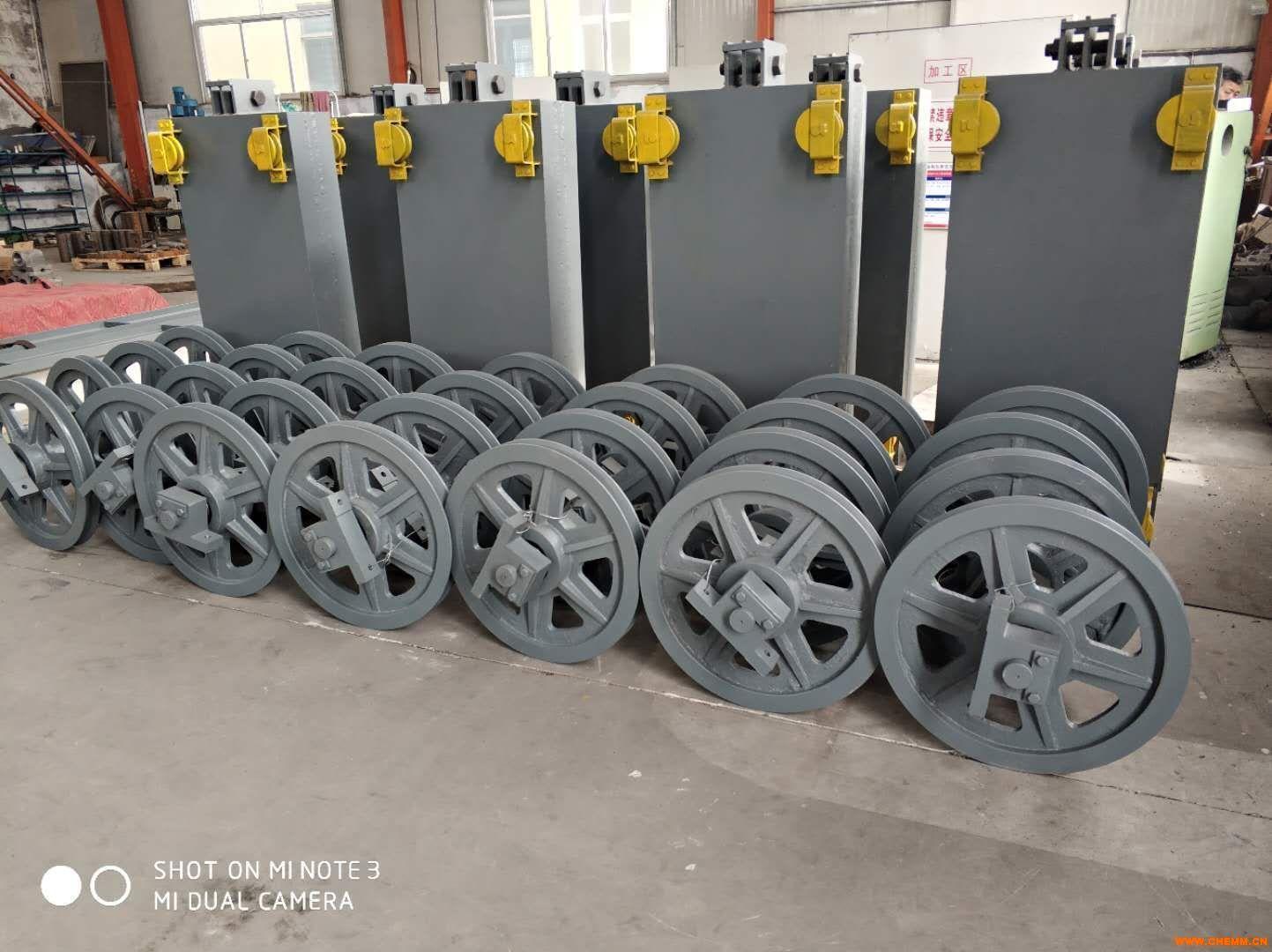 20000立方干式气柜调平装置