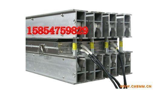 DGLJL1400硫化机上下加热板拆装方法