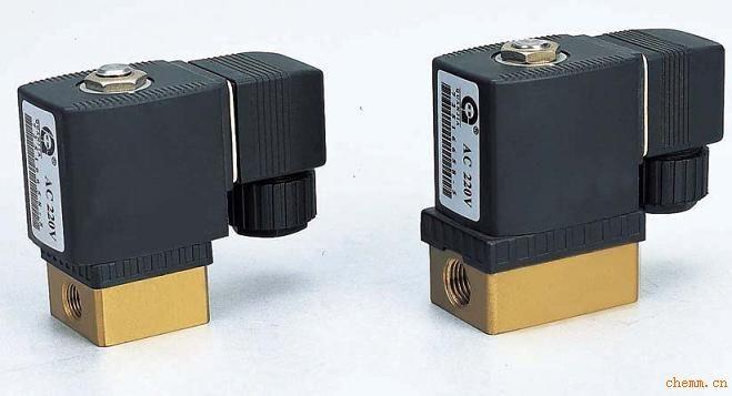 二位二通直动式电磁阀图片